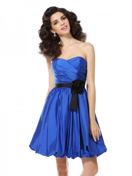 A-Line/Princess Royal Blue Taffeta Short/Mini Homecoming Dresses with Hand-Made Flower