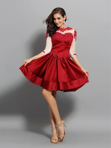 A-Line/Princess Red Satin Short/Mini Homecoming Dresses with Applique