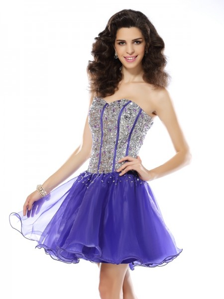 A-Line/Princess Lavender Organza Short/Mini Homecoming Dresses with Beading
