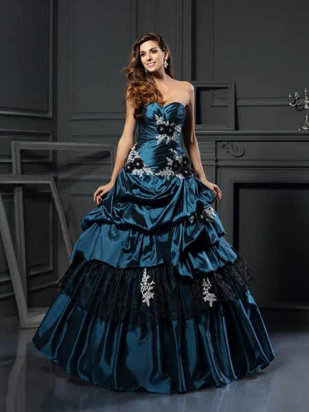 Ball Gown Dark Green Taffeta Floor-Length Dresses with Beading