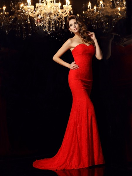 Trumpet/Mermaid Red Lace Court Train Dresses with Lace
