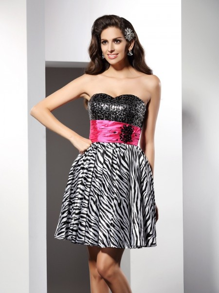 A-Line/Princess Black Chiffon Short/Mini Homecoming Dresses with Other