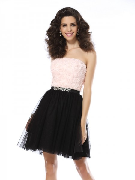 A-Line/Princess Black Tulle Short/Mini Homecoming Dresses with Other