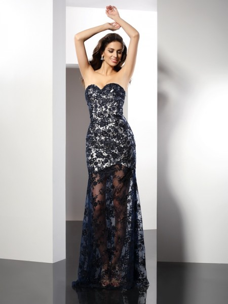 Sheath/Column Dark Navy Satin Floor-Length Evening Dresses with Lace