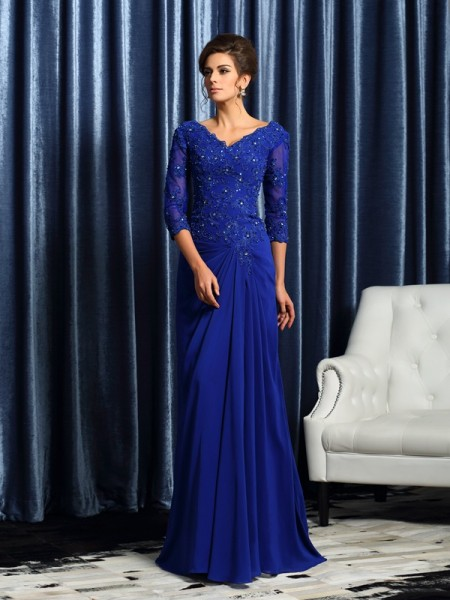 A-Line/Princess Royal Blue Chiffon Sweep/Brush Train Mother Of The Bride Dresses with Applique