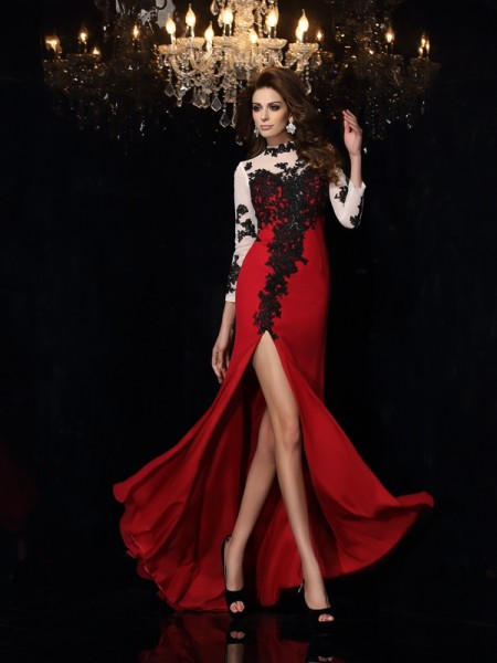 Sheath/Column Red Chiffon Sweep/Brush Train Dresses with Applique