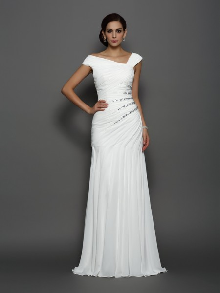 Trumpet/Mermaid Ivory Chiffon Sweep/Brush Train Evening Dresses with Beading