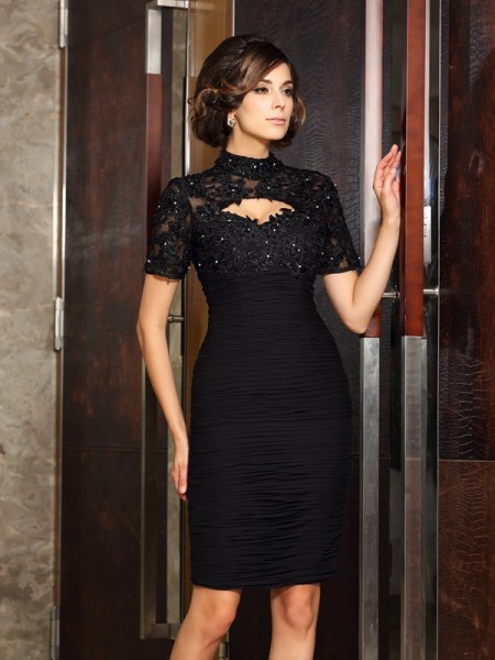 Sheath/Column Black Chiffon Knee-Length Mother Of The Bride Dresses with Beading