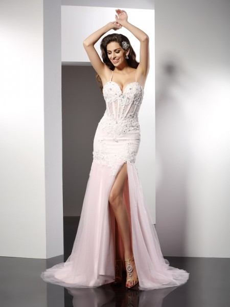 Trumpet/Mermaid Pearl Pink Tulle Chapel Train Dresses with Applique