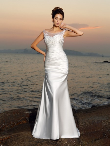 Trumpet/Mermaid Ivory Satin Sweep/Brush Train Wedding Dresses with Beading