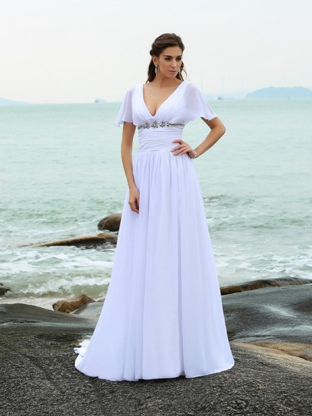 A-Line/Princess White Chiffon Court Train Wedding Dresses with Ruffles