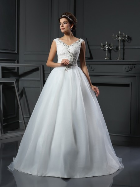 A-Line/Princess Ivory Organza Chapel Train Wedding Dresses with Beading