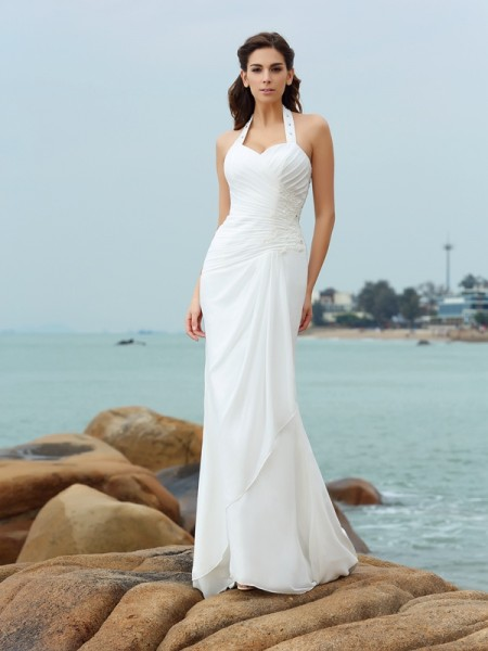 Sheath/Column White Chiffon Court Train Wedding Dresses with Pleats