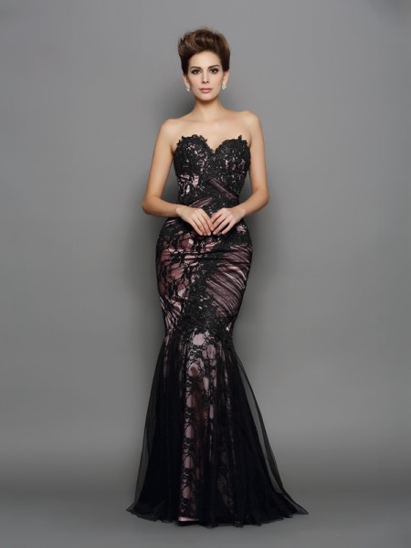 Trumpet/Mermaid Black Elastic Woven Satin Sweep/Brush Train Evening Dresses with Applique