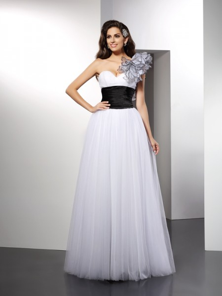A-Line/Princess White Net Floor-Length Dresses with Sash/Ribbon/Belt
