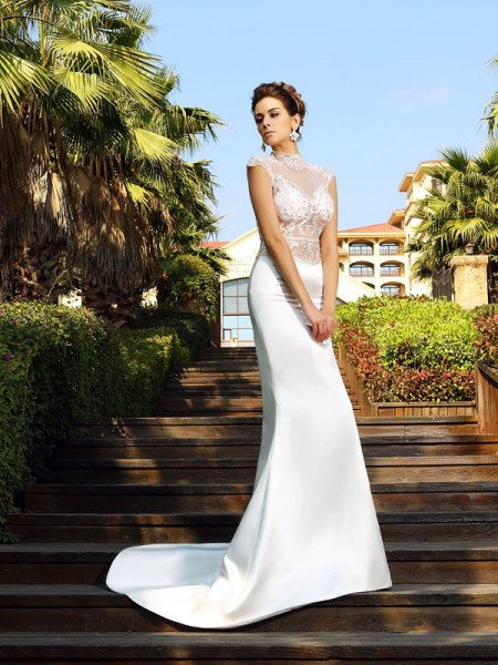 Trumpet/Mermaid Ivory Satin Court Train Dresses with Beading