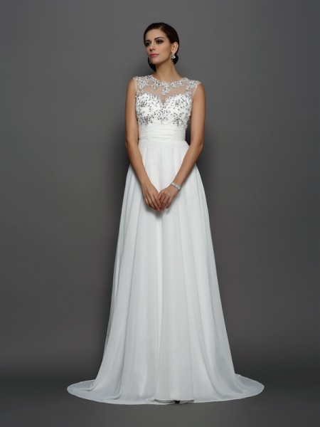 A-Line/Princess Ivory Chiffon Court Train Evening Dresses with Applique