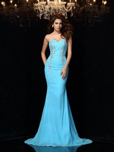 Sheath/Column Blue Chiffon Court Train Dresses with Beading