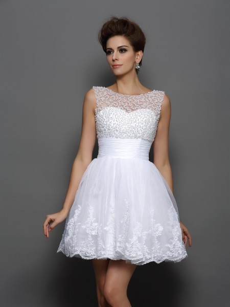 A-Line/Princess White Elastic Woven Satin Short/Mini Homecoming Dresses with Pearls