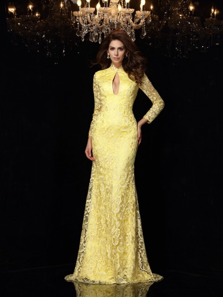 Sheath/Column Daffodil Satin Sweep/Brush Train Dresses with Lace