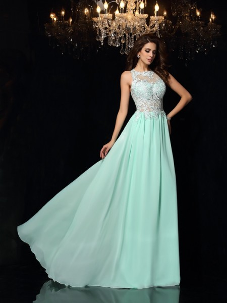 A-Line/Princess Sage Chiffon Sweep/Brush Train Dresses with Applique