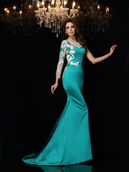Trumpet/Mermaid Green Satin Court Train Evening Dresses with Beading