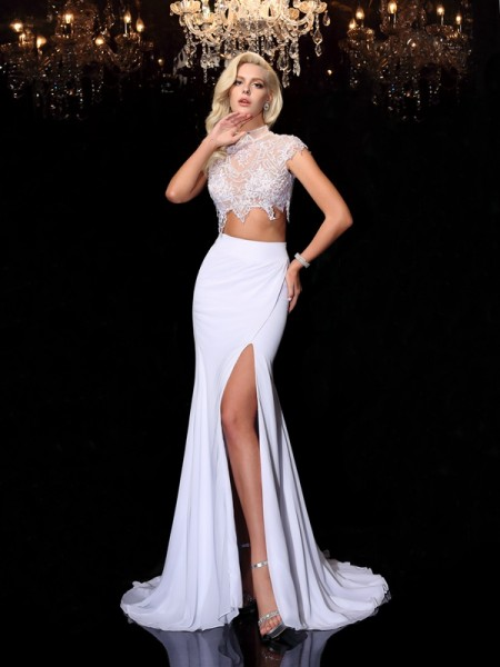 Sheath/Column White Chiffon Court Train Evening Dresses with Lace