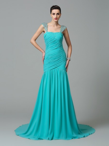 A-Line/Princess Green Chiffon Court Train Evening Dresses with Ruched