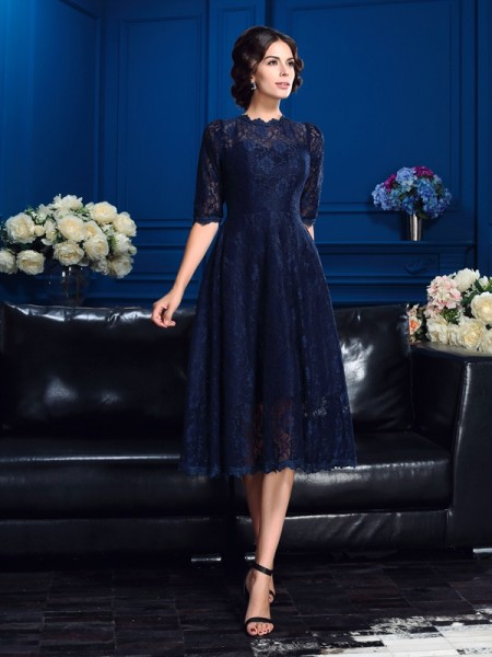 A-Line/Princess Dark Navy Lace Knee-Length Mother Of The Bride Dresses with Lace