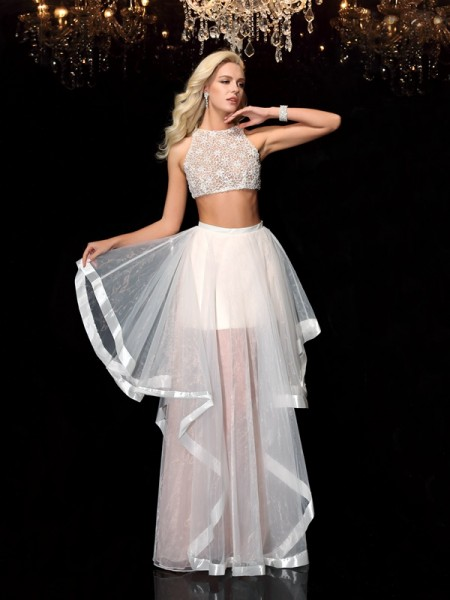 A-Line/Princess Ivory Tulle Floor-Length Dresses with Applique