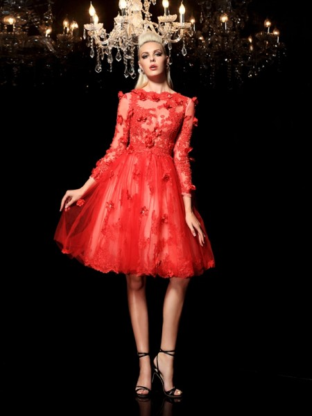 A-Line/Princess Red Net Short/Mini Homecoming Dresses with Applique