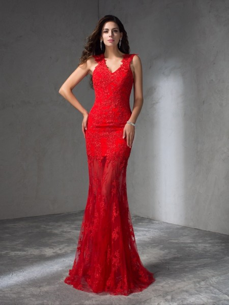 Trumpet/Mermaid Red Satin Sweep/Brush Train Dresses with Applique