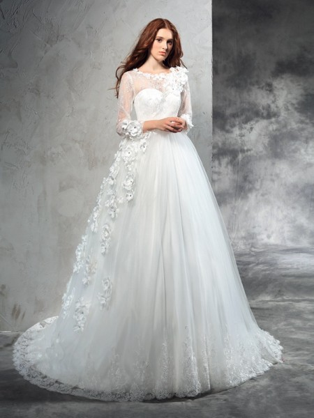 Ball Gown Ivory Net Court Train Wedding Dresses with Hand-Made Flower