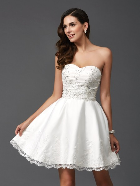 A-Line/Princess Ivory Satin Short/Mini Homecoming Dresses with Beading
