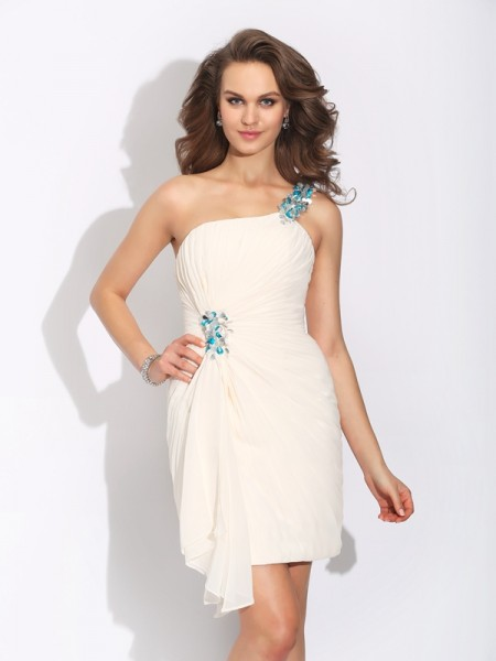 Sheath/Column Ivory Chiffon Short/Mini Homecoming Dresses with Beading