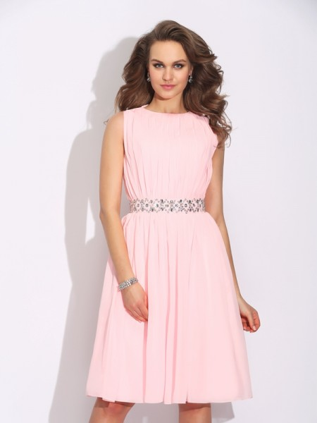 A-Line/Princess Pink Chiffon Knee-Length Homecoming Dresses with Ruffles