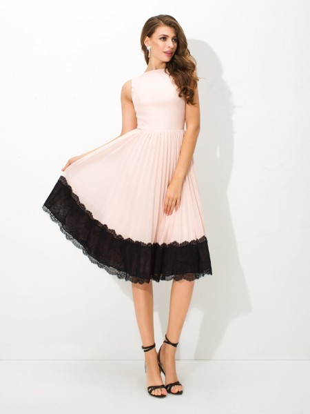 A-Line/Princess Pink Chiffon Tea-Length Homecoming Dresses with Lace