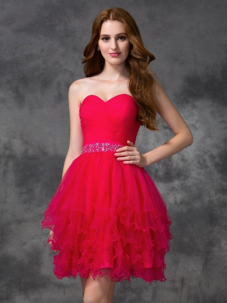 A-Line/Princess Red Satin Short/Mini Homecoming Dresses with Beading