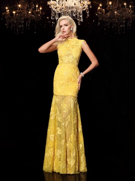 Sheath/Column Yellow Chiffon Floor-Length Evening Dresses with Lace