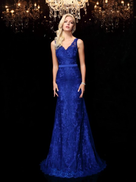 Sheath/Column Royal Blue Satin Sweep/Brush Train Evening Dresses with Lace