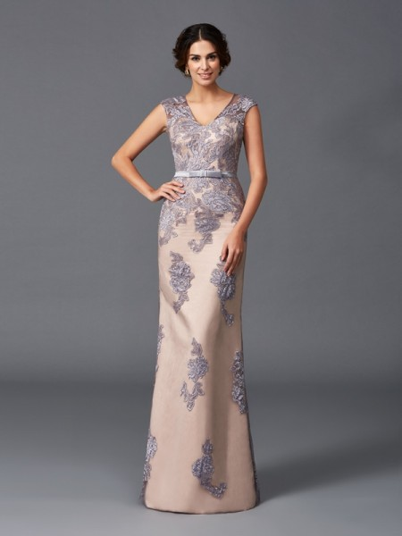 Sheath/Column Lavender Satin Floor-Length Evening Dresses with Applique