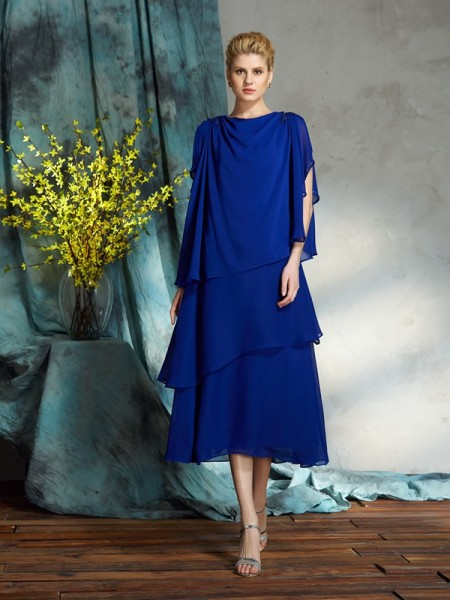 A-Line/Princess Royal Blue Chiffon Knee-Length Mother Of The Bride Dresses with Applique