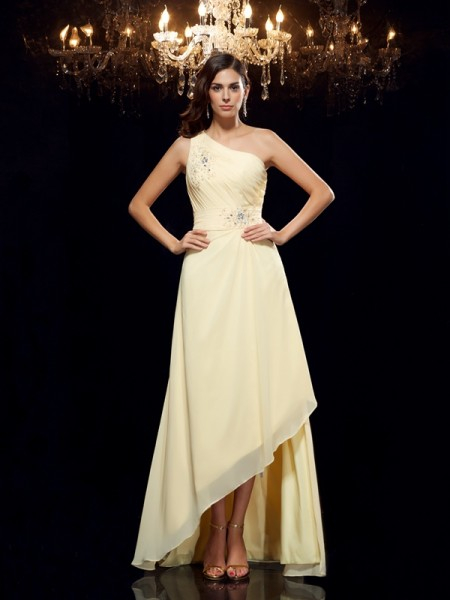 A-Line/Princess Daffodil Chiffon Asymmetrical Dresses with Beading