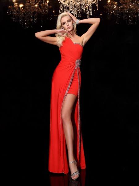 Sheath/Column Red Spandex Floor-Length Dresses with Beading