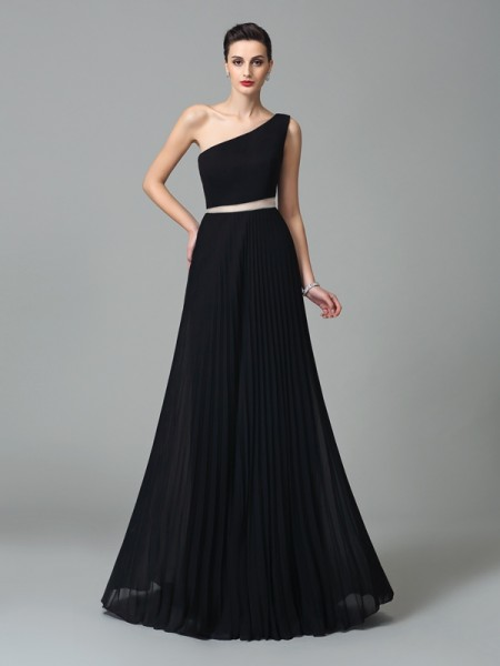 A-Line/Princess Black Chiffon Floor-Length Dresses with Pleats