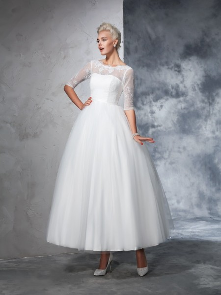 Ball Gown Ivory Net Ankle-Length Wedding Dresses with Lace