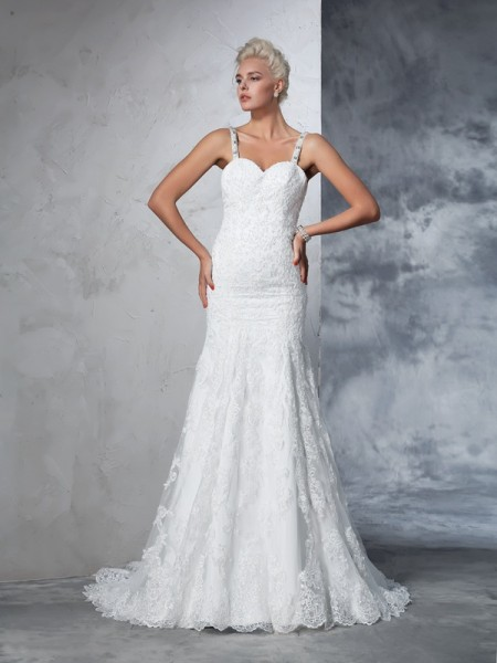 Trumpet/Mermaid Ivory Lace Chapel Train Wedding Dresses with Lace