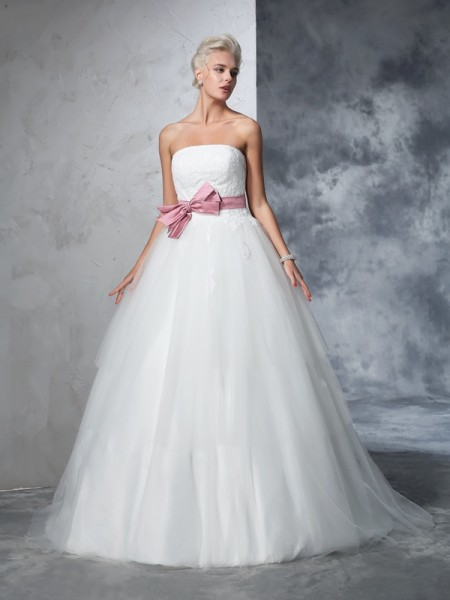 Ball Gown Ivory Net Court Train Wedding Dresses with Bowknot