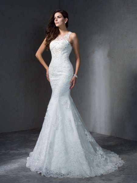 Trumpet/Mermaid Ivory Lace Court Train Wedding Dresses with Applique