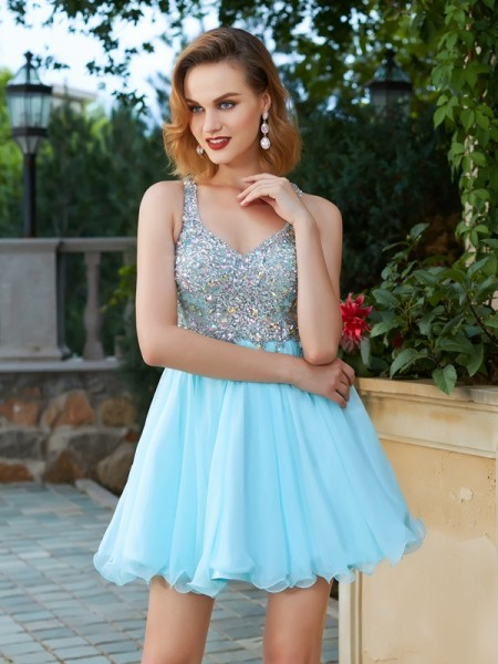 A-Line/Princess Light Sky Blue Chiffon Short/Mini Homecoming Dresses with Rhinestone